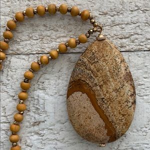 NWOT Earth Natural Stone on Wood Bead Necklace